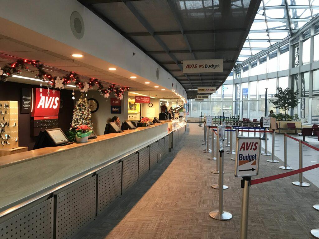 car rental counter airport